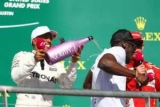 Болт дав старт гонці Формули-1 і викупався в шампанському
