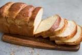 Хліб при грудному вигодовуванні: список дозволених і заборонених продуктів, вплив на дитину, відгуки